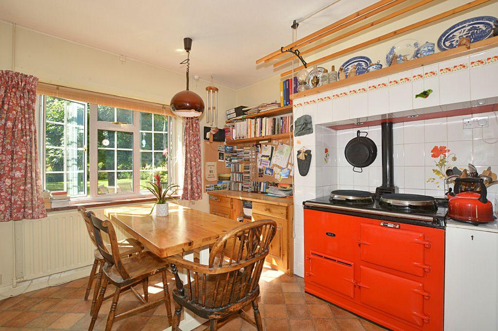 Kitchen/Breakfast Room (view 2)