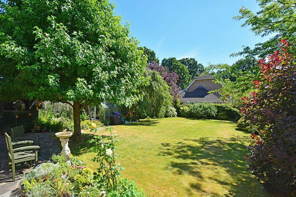 Superb South facing rear garden