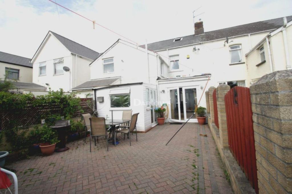 Darlows Cwmbran Property Sale