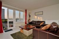 2 bedroom Flat for sale in Vermeer Court...