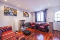 2 bedroom End of Terrace house for sale in Blyth Close, E14