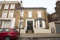Flat in Clifden Road