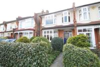 1 bedroom Flat in Oakfield Road, N14