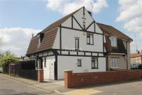 3 bed semi detached property in Butler Road