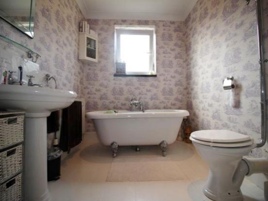 bathroom!