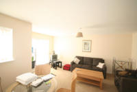 Apartment to rent in Florey Court, Okus...