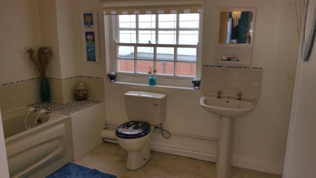 24a lowesmoor bathro