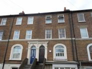 Flat to rent in Ash Grove, Penge