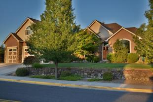 4 bed property for sale in Oregon, Jackson County...