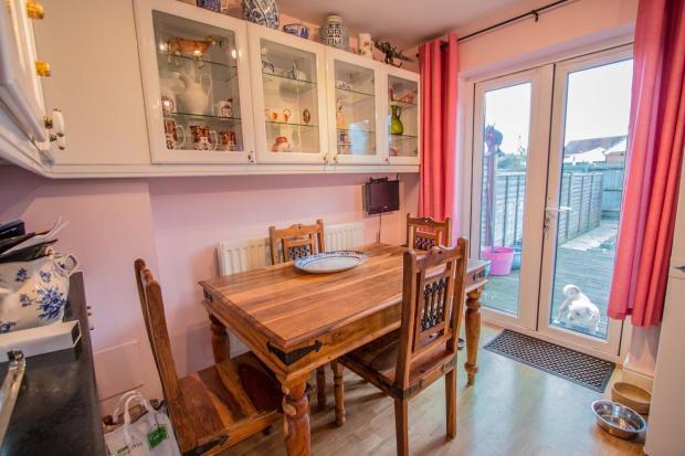 kitchen:diner.jpg