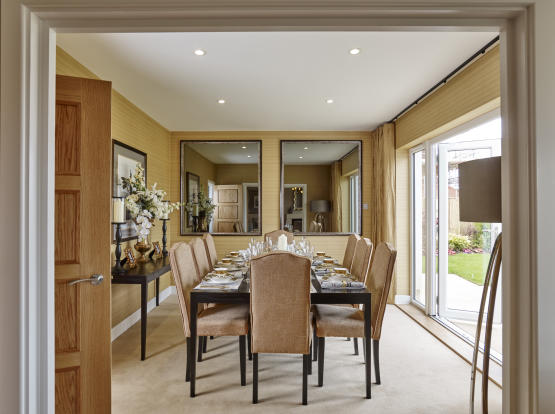 Showhome Dining