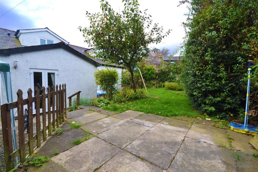 Back Garden (2).jpg