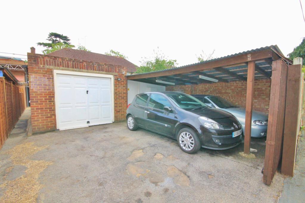 Garage/ Rear