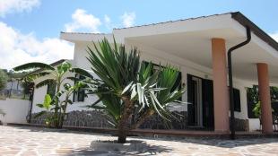 3 bed Detached Villa for sale in Calabria, Vibo Valentia...