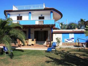 4 bedroom Detached Villa in Calabria, Vibo Valentia...