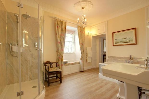 En-suite to Bedroom 1