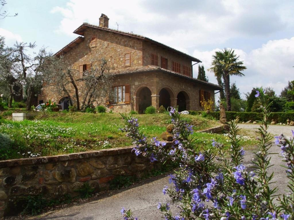 5 bed Detached house in Montepulciano, Siena...
