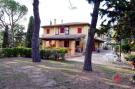 6 bed Villa for sale in Montespertoli, Florence...