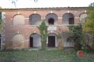 4 bed Farm House in Rapolano Terme, Siena...
