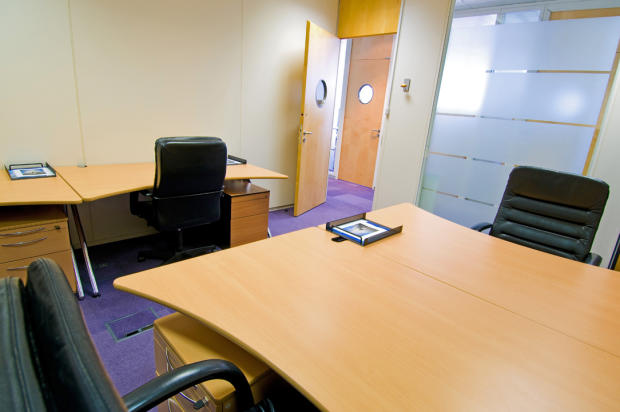 Serviced office to rent in 29th floor one canada square for 100 floors 29th floor