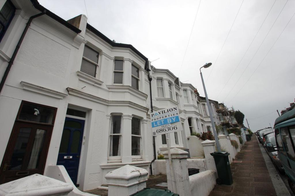 2 bedroom apartment to rent in bonchurch road brighton bn2 for Room to rent brighton