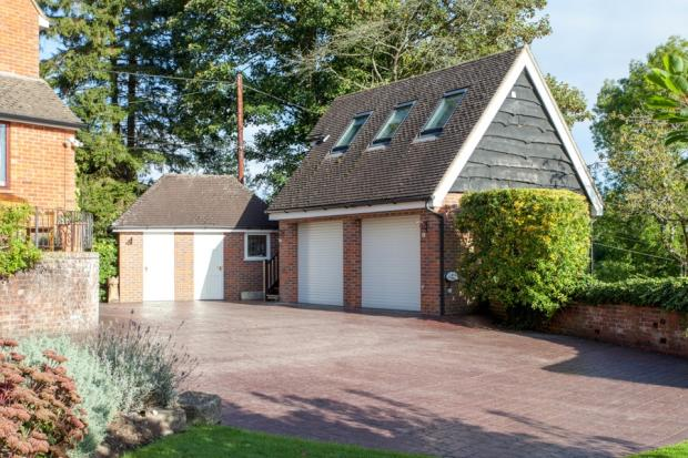 Garage and annexe ab