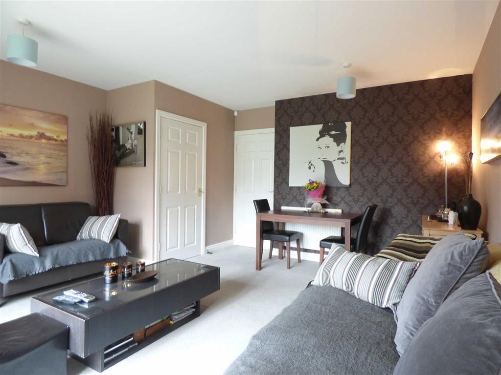 Lounge (2nd pic)