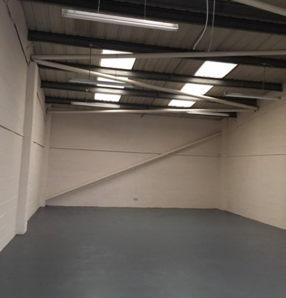 Light Industrial To Rent In Unit 18 Underwood Business