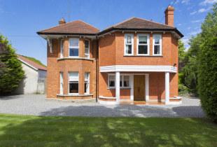 6 bedroom Detached property for sale in Dublin, Foxrock