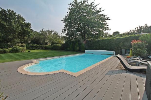 Pool Open