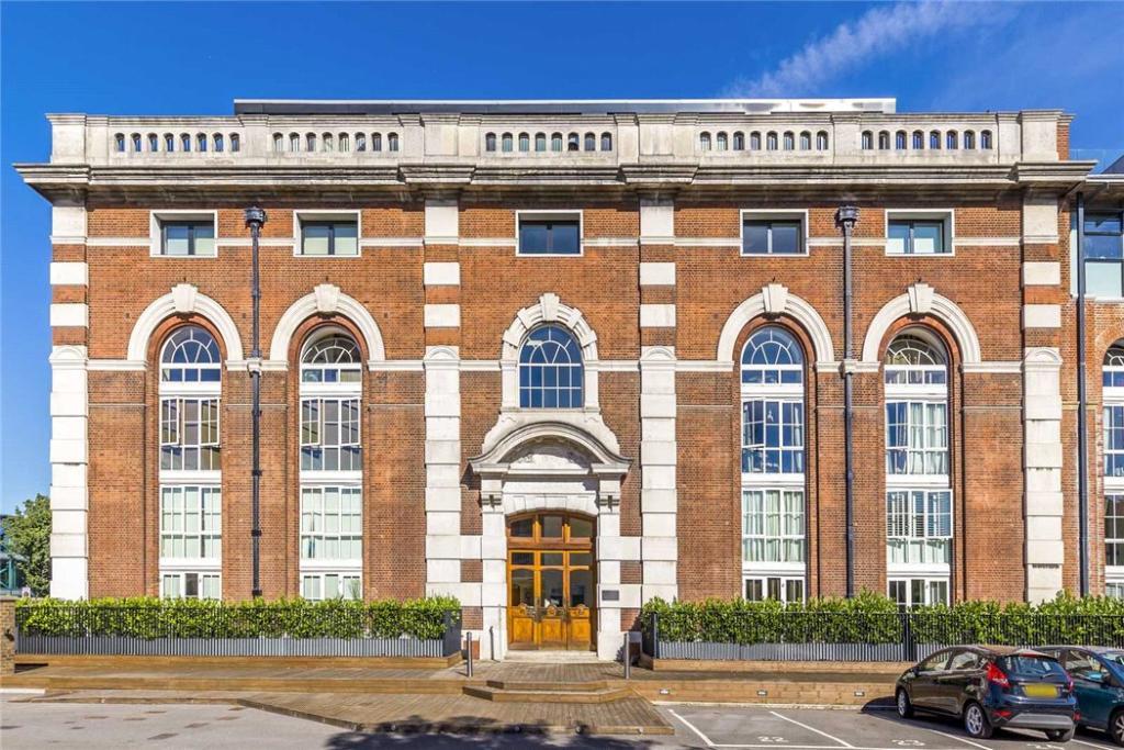 Bazalgette Court W6