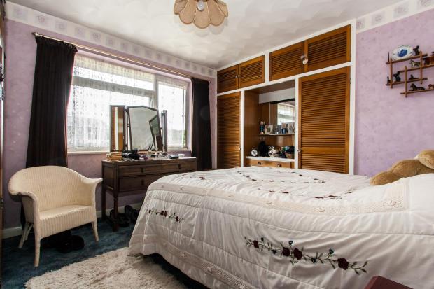 F/Floor Bedroom