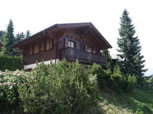 3 bed Chalet in Valais, Les Collons