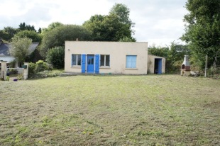 2 bed Detached Bungalow for sale in Brittany, Finistère...