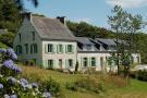6 bedroom Detached property in Plonévez-du-Faou...