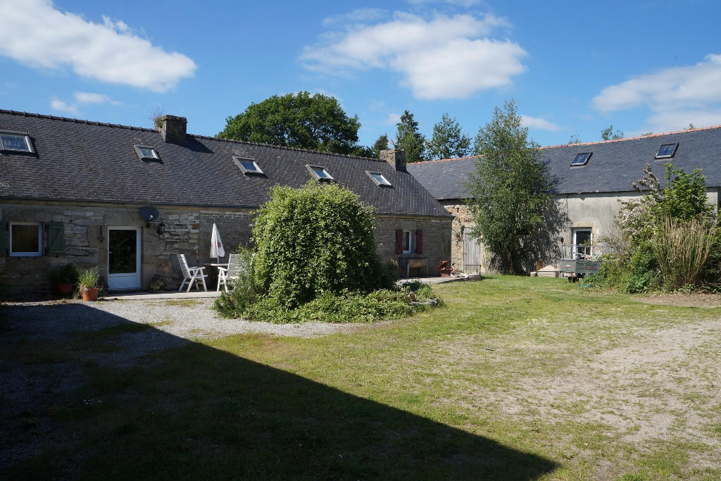Detached house in Leuhan, Finistère...
