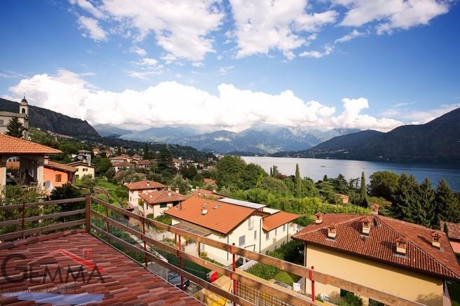 Villa for sale in Lombardy, Como...