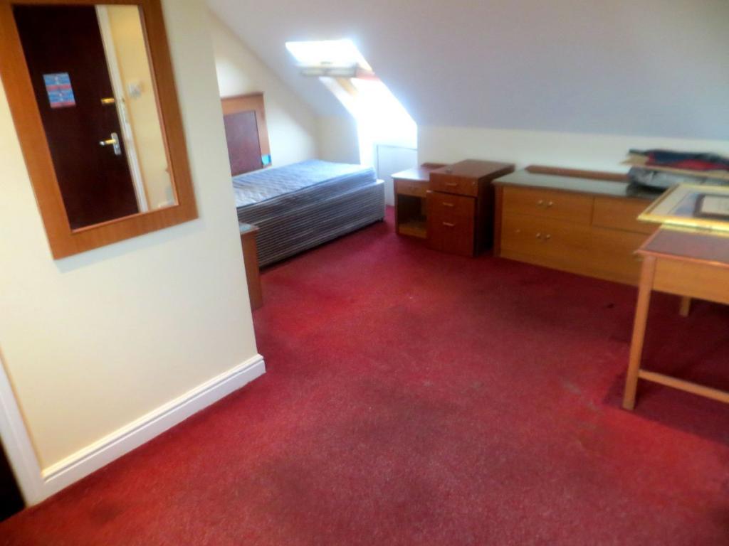 1 bedroom flat to rent in bath road hounslow tw4 tw4 for 1 bedroom flat to rent in bath