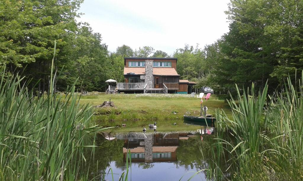 2 bed house in Nova Scotia, Dundee