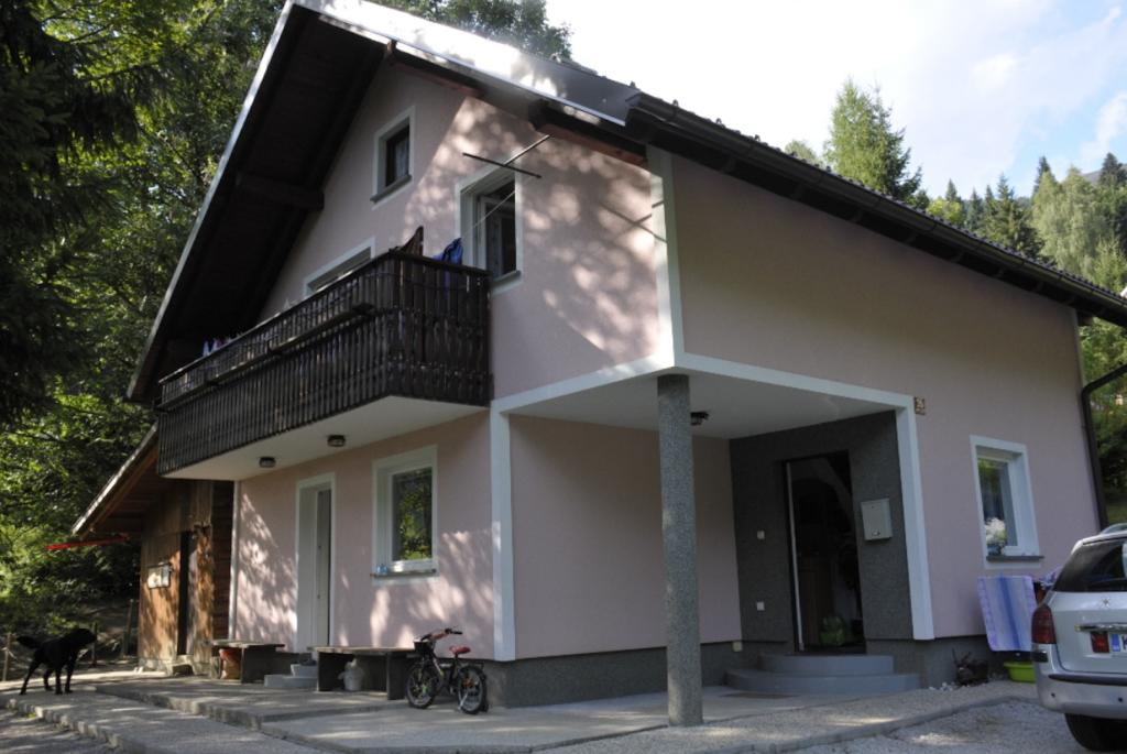3 bed property for sale in Jesenice, Jesenice