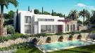 5 bedroom Detached Villa in Duquesa, Málaga...