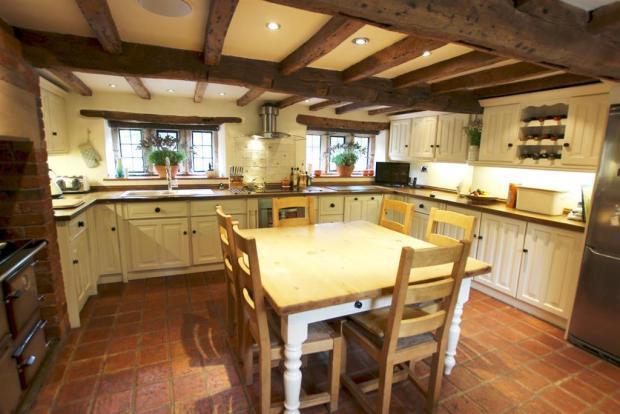 Farmhouse Kitchen Breakfast Room