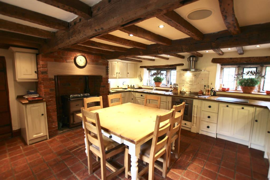 Farmhouse Kitchen Breakfast Room
