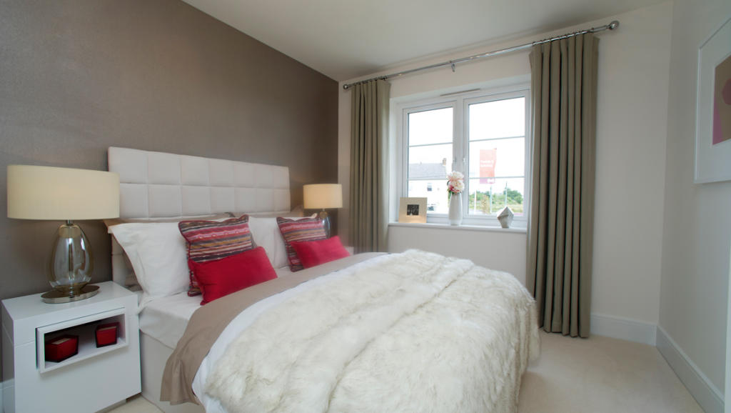 Bedroom 1170 x 661