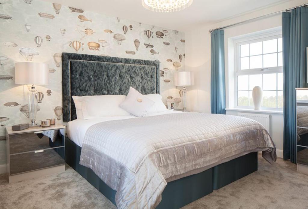 Avondale master bedroom