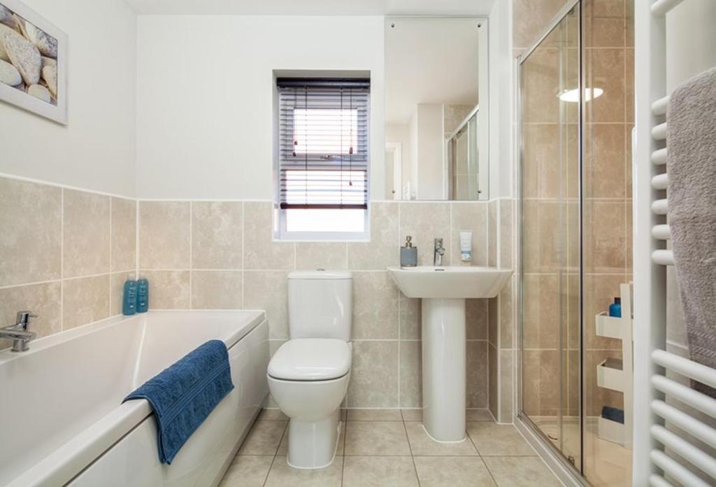 Avondale bathroom