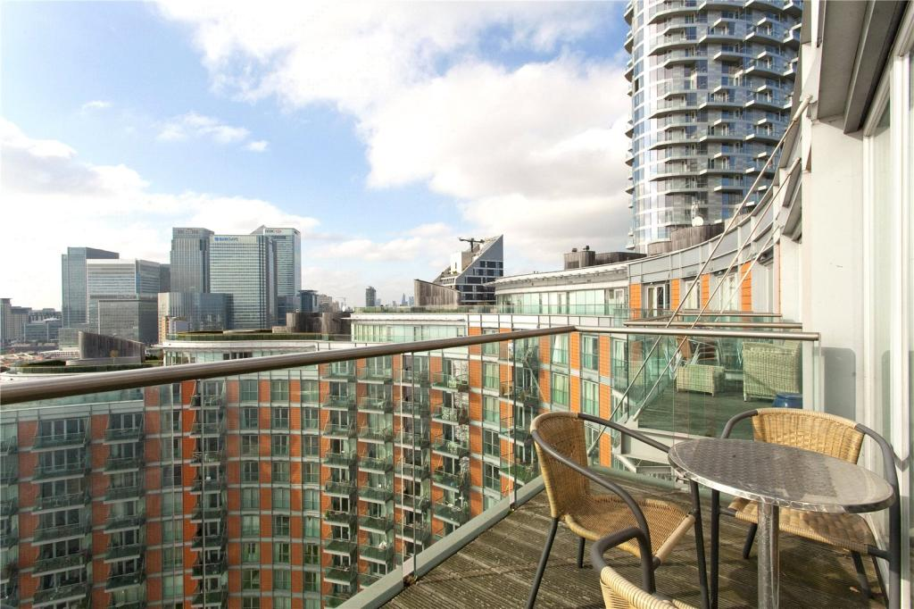 2 Bedroom Apartment To Rent In New Providence Wharf 1 Fairmont Avenue Canary Wharf London
