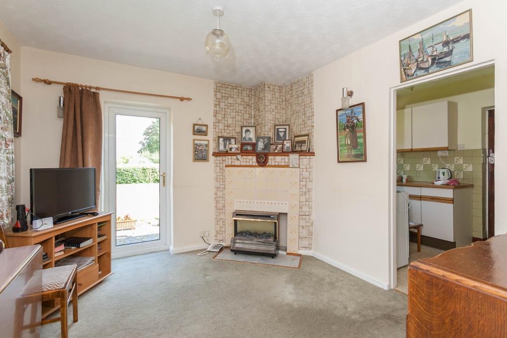 6 Arnold Cottage11 -