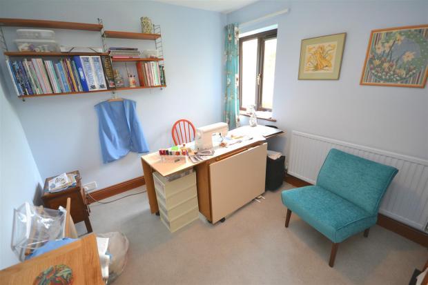 Sewing room a.jpg