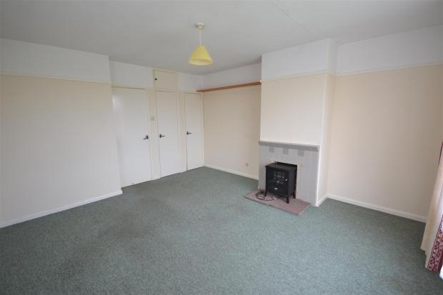 Annexe Sitting Room 1.JPG